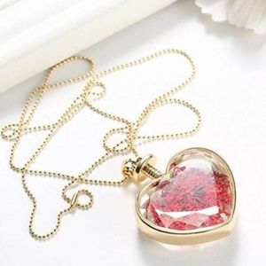 Jewelry - Glass Heart Pendant Floating Floral Necklace